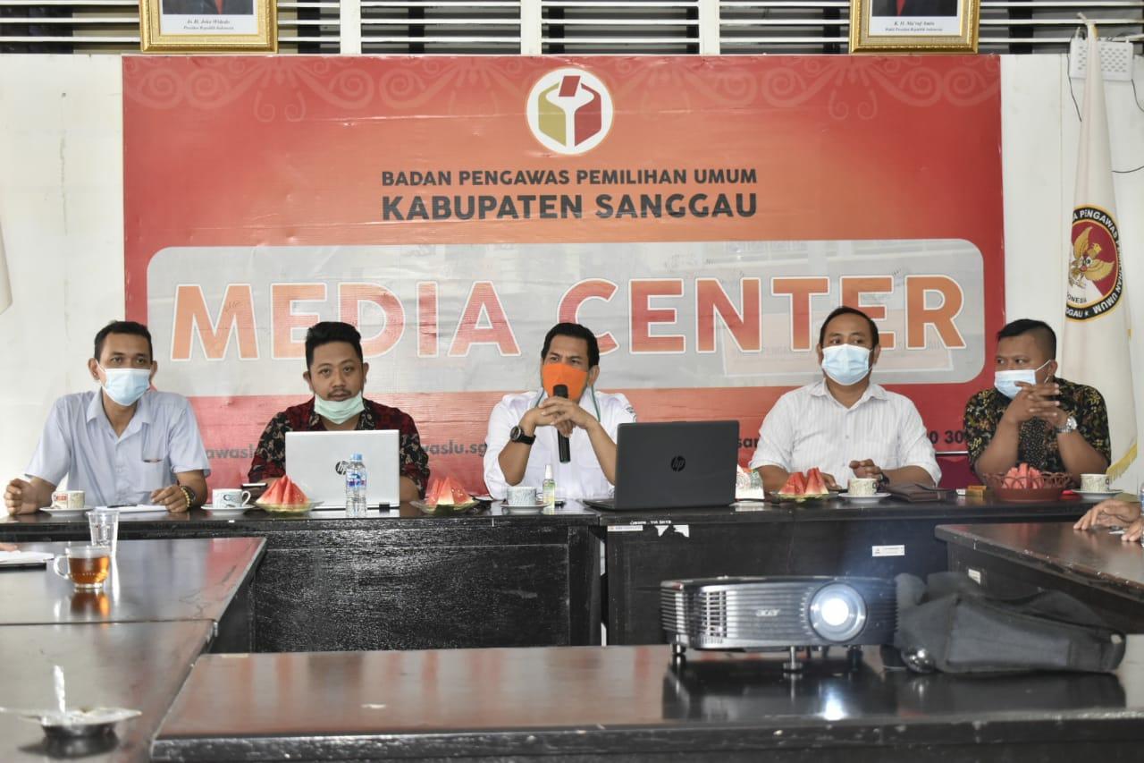 Bawaslu Sanggau Adakan Kegiatan Pembuatan Legal Opinion (LO)